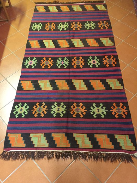 Flat weave kilim with visible weft and slits Dimensions: 136 × 260 cm; Russian Federation - Dagestan; Period: circa 1940s