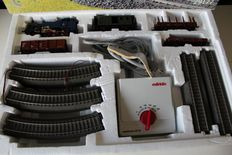 Märklin H0 - 29177 - Starter set with BR 74 and 4 carriages, C-track and trafo 32VA