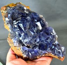 Perfect Fluorite Crystal Natural Specimen - 205 x 114 x 54 mm - 1298gm