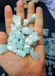 Lot of Sea Blue Color Cabbing Grade Aquamarine - 1kg