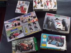Tamiya / Smer - 1/24-1/20 scale - big lot of assembly kits of Formula 1 racing cars and figures
