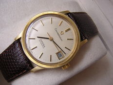 Omega constellation  18 karat  solid yellow gold automatic mens watch 1970s.