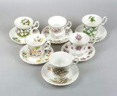 Royal Albert - 6 cups & saucers, floral patterns, among which Sweet Violets and Trillium