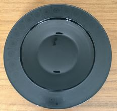 """Tapio Wirkkala (1915-1985) for Rosenthal Studio Line – black porcelain plate from the """"Noire"""" series, and two additional glass objects."""