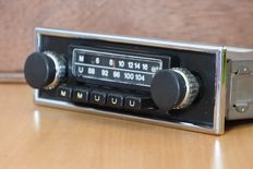 National CR-1600 classic car radio from 1974