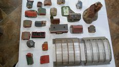 Faller/Kibri/Pola N - 24 Houses and other scenery parts.