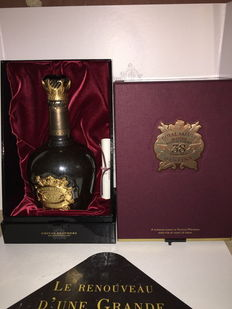 Chivas Regal Royal Salute 38 Years old Stone of  Destiny 70 cl 40%