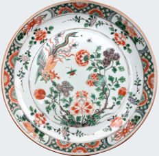 A famille verte dish decorated with a fenghuang - China - Kangxi period (1662-1722)
