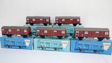 Märklin H0 - 4627 – Five freight box cars of the DB