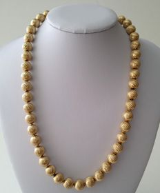 Vintage Crown TRIFARI Gold Plated Textured Beaded Necklace