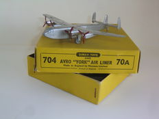 Dinky Toys - Scale 1/200 - Avro `York` Air Liner No.70A/704