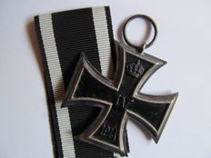 Iron Cross 2nd Class 1914 with Manufacturer's Mark