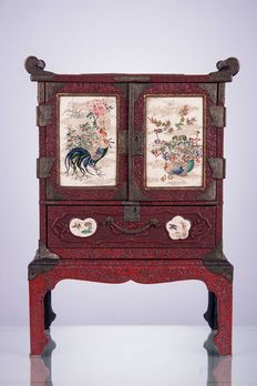 Chinese jewellery box - XX century.