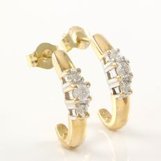 14kt Yellow  Gold Earrings Set with 0.20 ct Diamonds