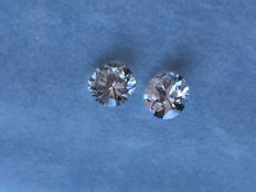 Lot of 2 x 0.36 ct equal brilliant-cut diamonds, 0.72 ct in total, H (clear white) VS (high clarity).