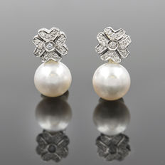 White 750/1000 gold (18 kt) - 0.45 ct of diamonds and South Sea pearls (Australian) 10.80 mm