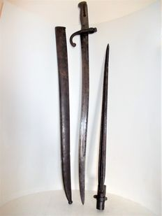 Mre Impale of St. Etienne, Mai 1868, Bayonet second empire, and an older bayonet