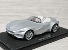 BBR - Scale 1/18 - BMW Gina Concept - Grey
