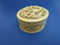 Large antique Cantonese ivory dragon box with lid - China - approx. 1900