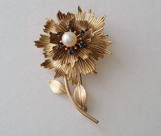 Vintage 1960's KREMENTZ Gold Filled Genuine Cultured Pearl Flower Brooch