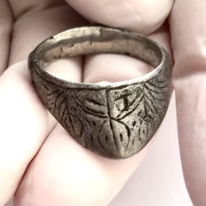 Medieval Silver Archer's Thumb Ring - 22mm / 28 mm