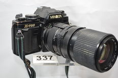 Minolta X 700 camera with 35-105 mm zoom lens