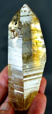 Damage Free Hematite & Schorl Included Lemurian Quartz  - 110 x 40 x 28 mm - 156gm
