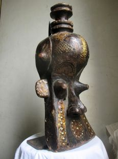 Mask with brass ornaments - KUBA - D.R Congo