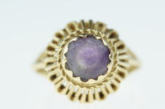 14 kt gold women's ring set with amethyst, richly decorated, ring size 17.25