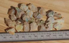 Lot with hydrophane Welo opals - 8 to 21 mm - 120 carats ( 25 )