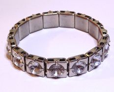 Vintage 1950s – Classic Silver tone Bangle Bracelet with row of large Diamante - NO Reserve