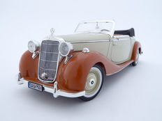 Signature Models - Scale 1/18 - 1950 Mercedes-Benz 170 S Cabriolet - Beige/Brown