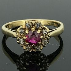 18 kt gold cocktail ring with natural diamonds and synthetic ruby of 0.20 ct, no minimum price