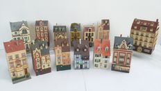Faller/Kibri/Vollmer H0 - 13 city/town buildings for a complete town
