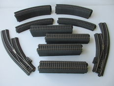 Märklin H0 - C-rail track with sidetrack, size: 184 x 84