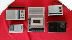 5 devices from the 1980s - 4x Philips, World receiver, Radios, Tape recorder