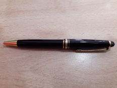 Montblanc ballpoint pen with leather case