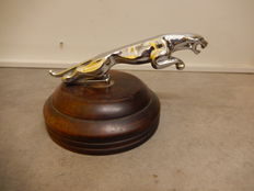 Vintage Jaguar Car Mascot Full Size Leaper Chrome 20 cm Nose to Tail in Good Used Condition