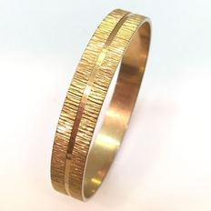 Vintage - (1950s)  - Victorian revival - Yellow Gold Plated Textured Bangle Bracelet