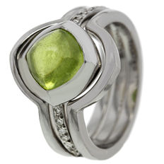 """Saddal - """"Dolce"""" white gold ring with peridote and diamond - ring size 17.25"""