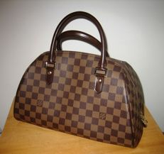 Louis Vuitton – Ribéra Ebony Chessboard handbag.
