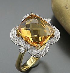 Citrine, brilliant ring totalling 4.25 ct, 750 / 18 kt yellow gold - Ring width: 55 - no reserve