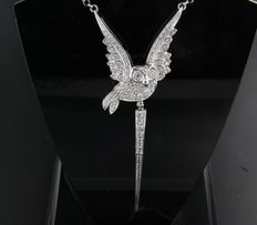 18 kt white gold necklace set with 80 brilliant cut diamonds, approx. 0.80 ct in total