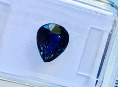 Color Change Sapphire - 1.74 ct - without reserve price