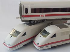Märklin H0 - From set 29865 – Three piece BR 401 of the DB AG ICE-1 Inter-City-Express 'Die Bahn Kommt!'