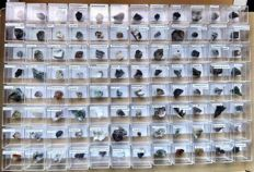 96 Micromounts, 45 from various German sites, 37 from the rest of Europe and 14 from the rest of the world, gross 450 grams.