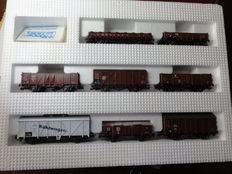 Roco H0 - 04057A – carriage set: 8 freight carriages of the DR, Era 2