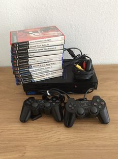 PS2 console including 11 games 2 controllers