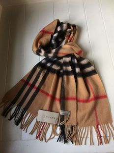 New condition - Burberry scarf