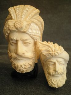 Turkish Meerschaum pipes with picture of sultan - 20th century